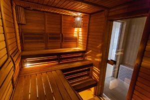 Jaké zdravotní výhody vám přináší pravidelná návštěva sauny?