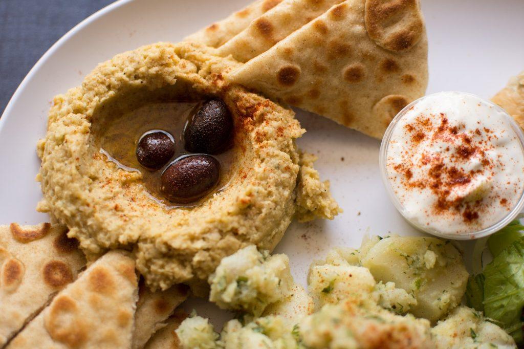 Hummus jako skvělý zdroj bílkovin! Připravte si ho dvakrát jinak