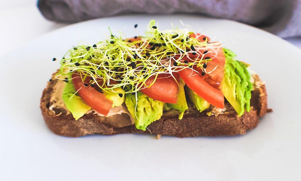 Správné trávení je základ aneb jaké potraviny jsou bohaté na obsah trávicích enzymů