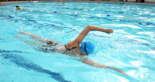 Jaké zdravotní výhody vám přináší plavání?