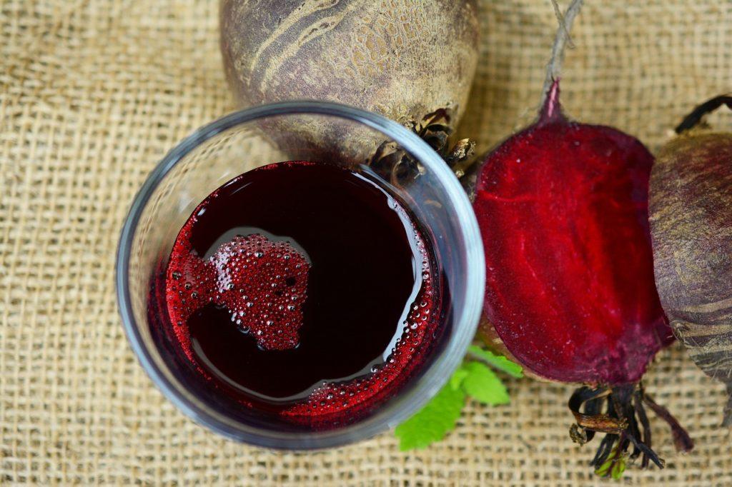 Jaké zdravotní přínosy přináší pravidelné pití šťávy z řepy?