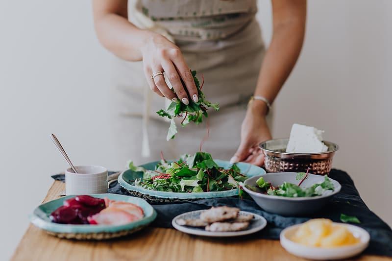 Co je to mindful eating? A jak vám pomůže účinně zhubnout?