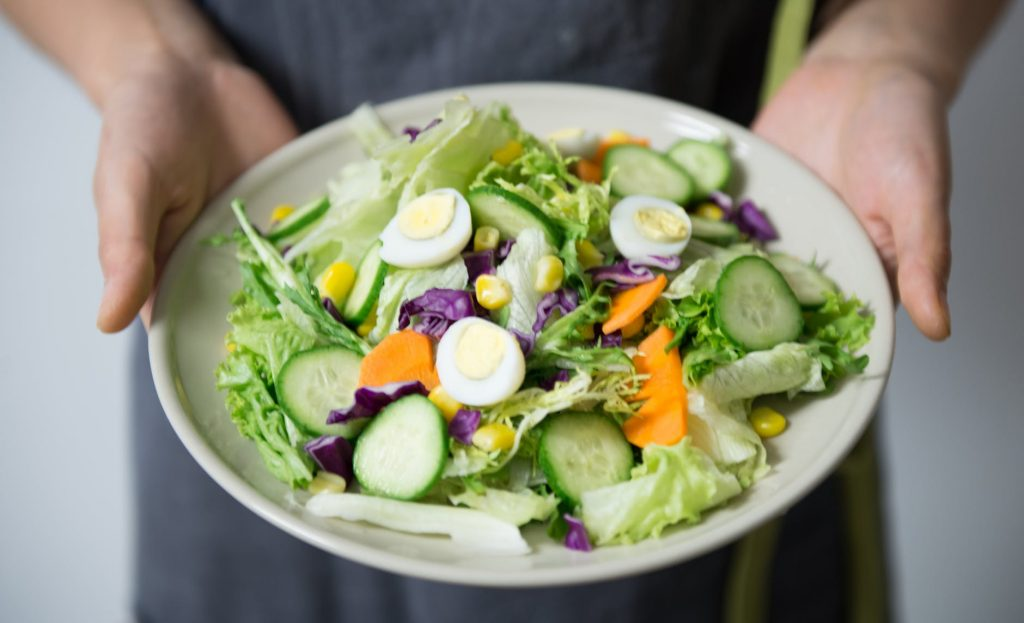 Snězte, kolik jen chcete aneb po jakých potravinách jednoduše nepřiberete